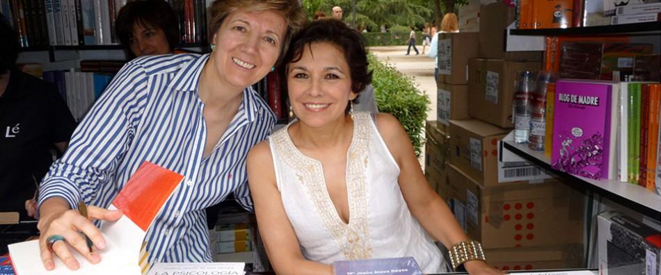 Firma del Libro el 10 de junio 2012 con Isabel Gemio